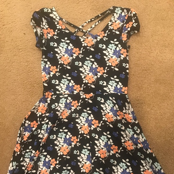 Aeropostale Dresses & Skirts - Aeropostale Floral Dress
